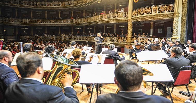 Banda Sinfônica do Recife fará concertos gratuitos no teatro