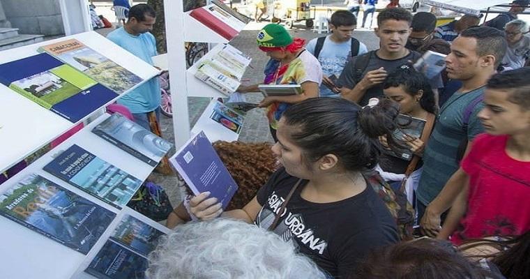 Campanha Um Livro de Coração acontece neste domingo em Recife