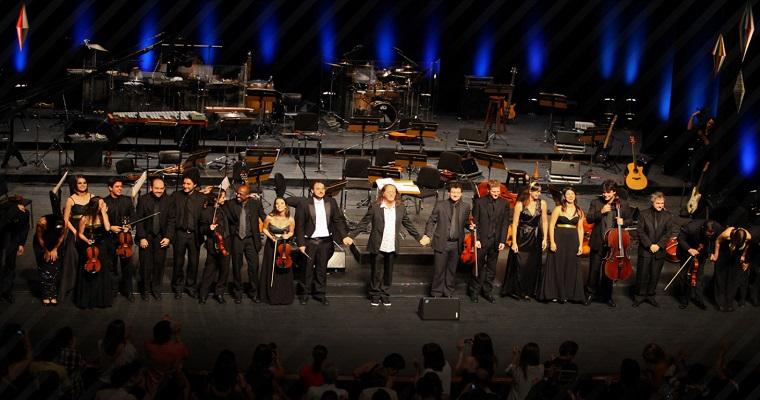 Teatro Guararapes recebe Alceu Valença neste sábado