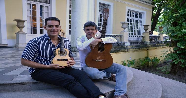 Projeto Solo&Cia recebe o cavaquinista João Paulo Albertim
