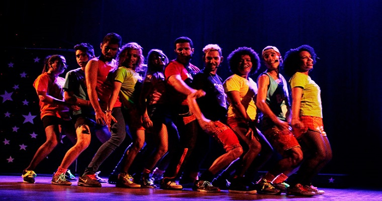 Ritmo Kente - Um brega musical no Teatro Apolo