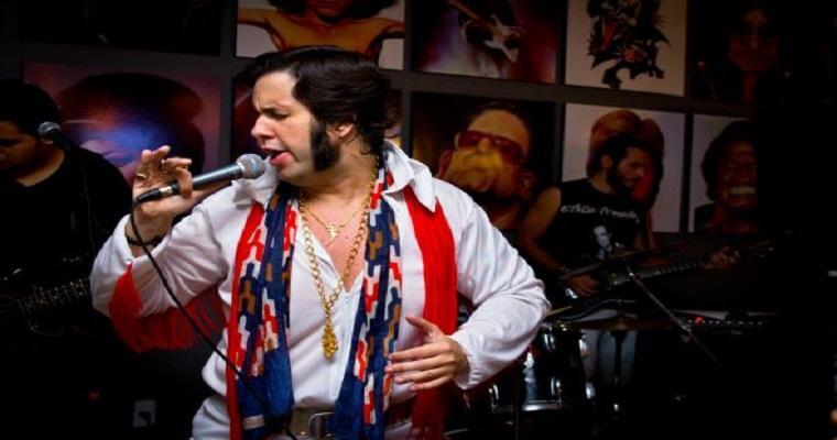 Cover relembra sucessos de Elvis Presley em show no Recife
