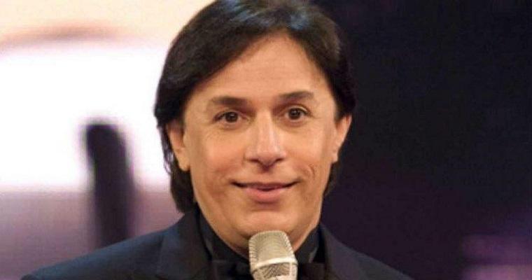 Tom Cavalcante traz show de comédia para Recife