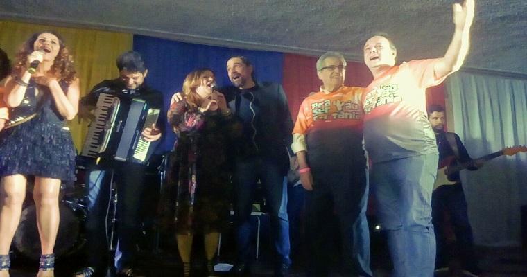 Pra ser tão Sertânia: show reuniu música e solidariedade no Recife