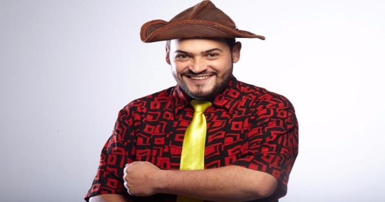 Humorista Matheus Ceará traz espetáculo inédito ao Recife