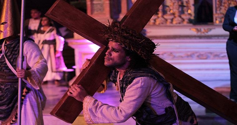 Auto da Via Dolorosa abre tradicionalmente Semana Santa no Recife