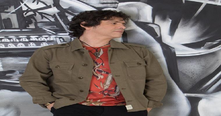 Luciano Magno faz show no Instrumental Sesc Brasil, em São Paulo
