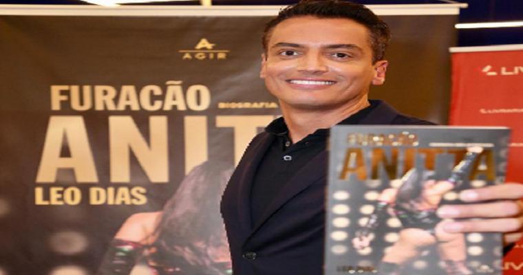 Leo Dias lança 'Furacão Anitta' em Recife neste sábado (13)