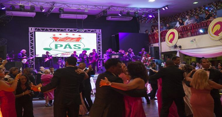 Clube das Pás promove Baile em comemoração ao dia das Mães