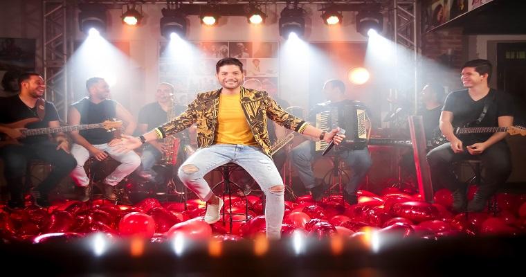 Messinho Marra grava DVD promocional em Itapissuma
