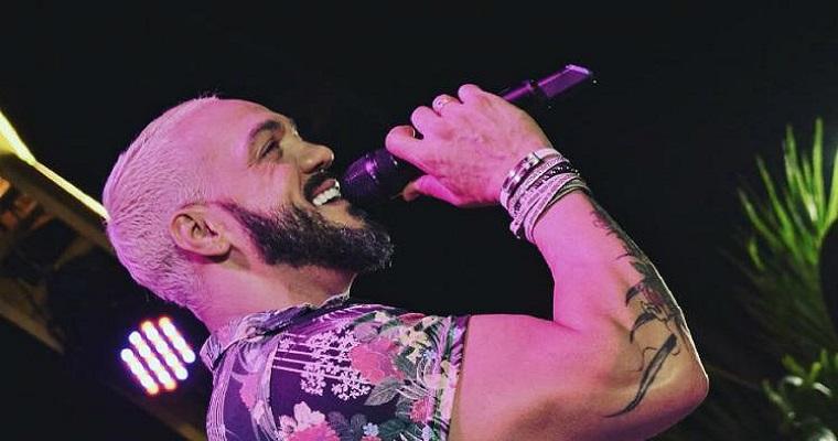Belo apresenta show da sua nova turnê no Recife