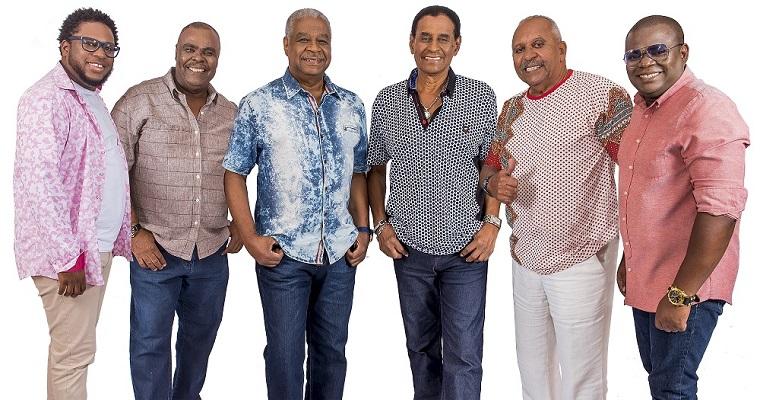 Fundo de Quintal comemora 43 anos de carreira com show no Recife