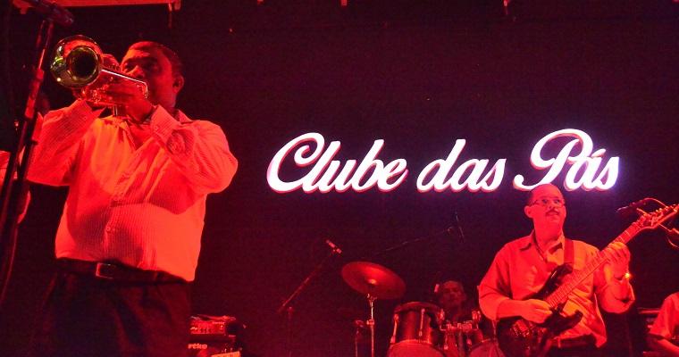 Festival de Bandas Antigas anima véspera de feriado no Clube das Pás