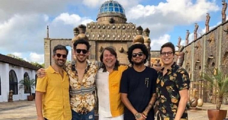 Emicida e Fábio Porchat gravaram edição do Papo de Segunda no Recife