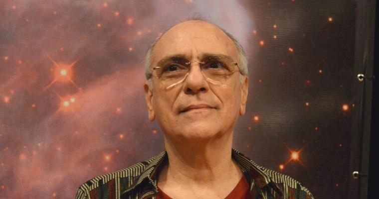 Eduardo Maia comanda evento de astrologia no Recife
