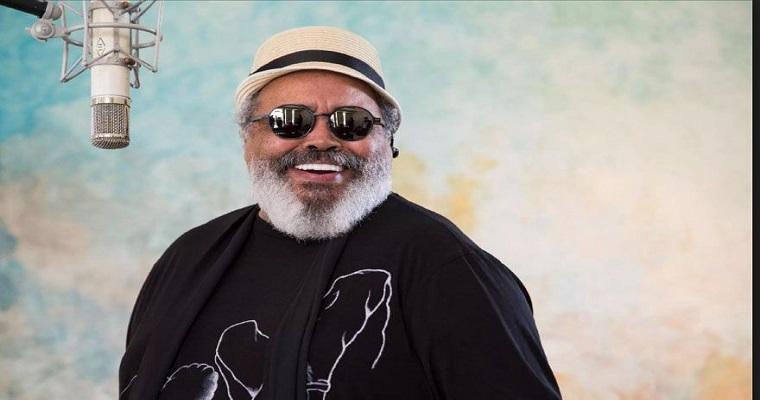Bloco Ceroulas comemora com samba de Jorge Aragão seus 58 anos