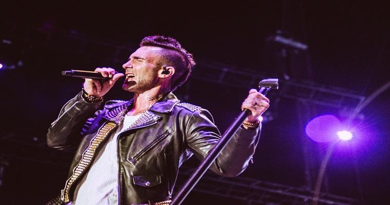 Maroon 5 encerra turnê no Brasil com show no Rio de Janeiro