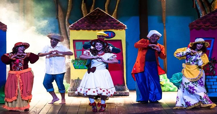 Musical 'Chapeuzinho Vermelho' é encenado no Barreto Júnior