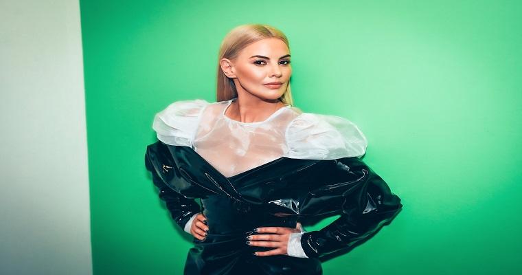 Lyra anuncia turnê mundial apresentada pela Live Nation