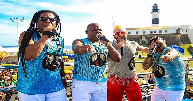 Live do Olodum animará véspera de feriado