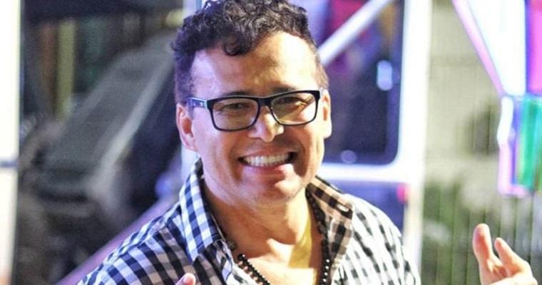Almir Rouche anima o domingo com a live 'Folia Em Casa'