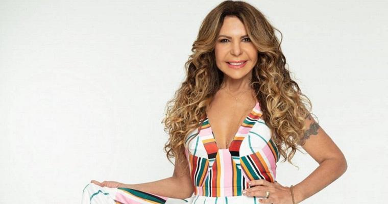 Elba Ramalho realiza live para comemorar aniversário